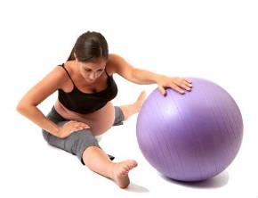 fare pilates in gravidanza, esercizi