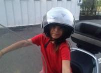 bambina casco