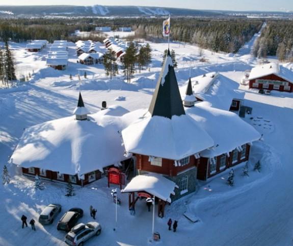 Il villaggio di Rovaniemi in Lapponia