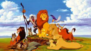 cagnolina si commuove guardando il Re Leone